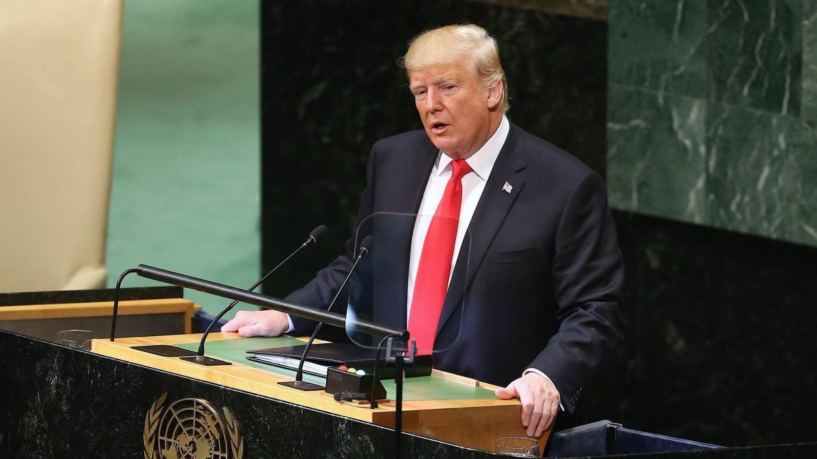 Photo of Quand Trump suggère de disperser les ouragans avec des armes nucléaires (vidéo)