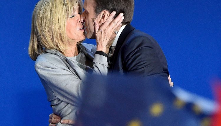 Brigitte et Emmanuel Macron @ Voici