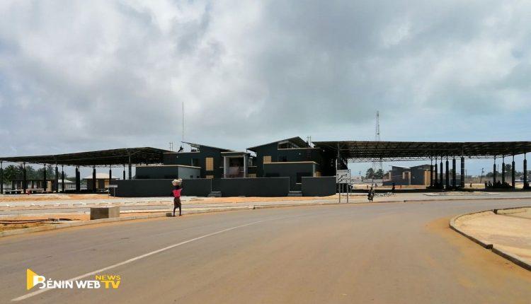 Frontière bénino-togolaise. Nouveau poste frontalier d'Hillacondji, (Bénin). Jeudi 1er Octobre 2020 © Bénin Web TV