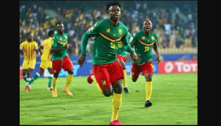 Le défenseur Banga ouvre le score pour les Lions indomptables A' lors du match entre le Cameroun et le Zimbabwe en ouverture de la CHAN 2021